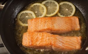 Salmon in Lemon Butter Sauce