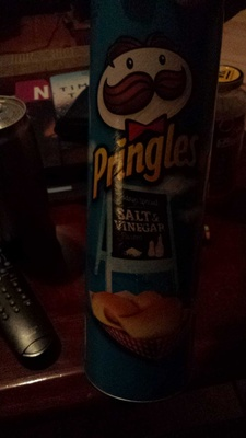 Potato crisps, salt & vinegar