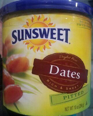 Deglet noor pitted dates
