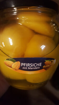 Pfirsiche mit Mandeln