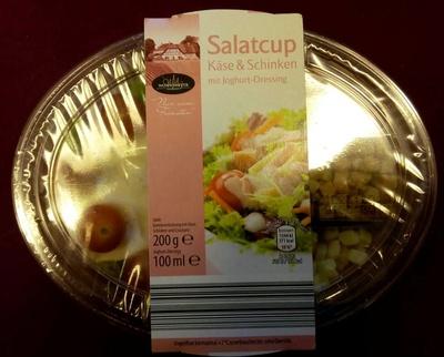 Salatcup griechischer art mit joghurt