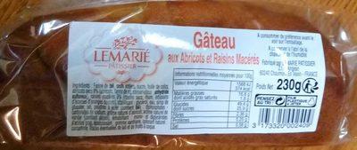 Gâteau aux abricots et raisins macérés