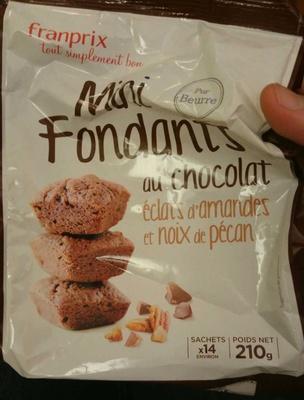 14 mini fondants au chocolat, éclats d'amande et noix de pécan
