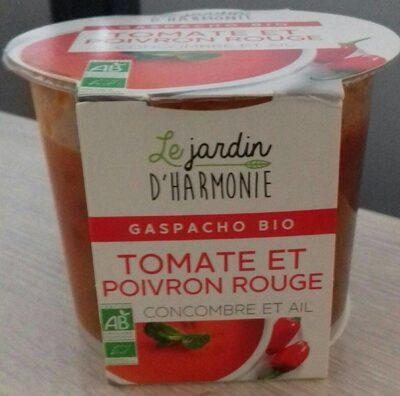 Tomate et poivron rouge concombre et ail