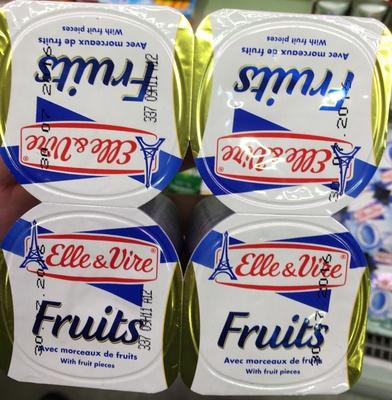 Fruits avec morceaux de fruits