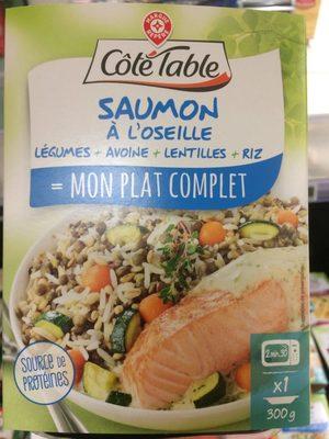 Saumon à l'oseille, riz complet et légumes