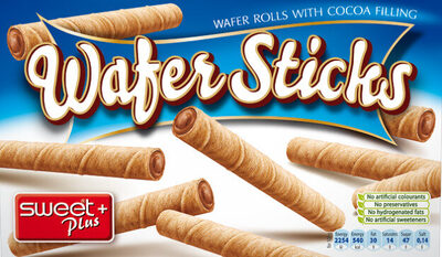 Wafer rolls with cocoa filling