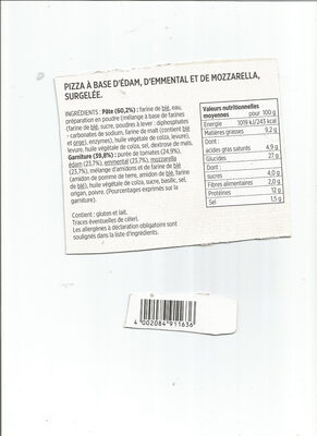 Pizza extra moelleuse aux 3 fromages