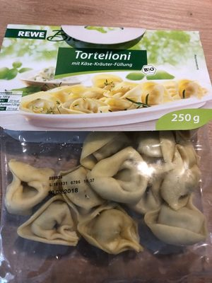 Tortelloni mit Käse-Kräuter-Füllung
