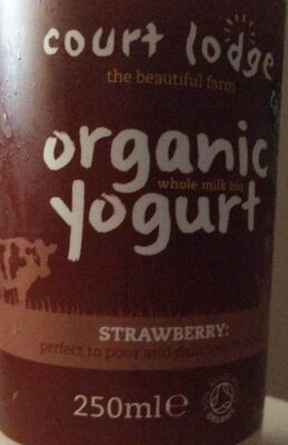 Organic strawberry yoghurt