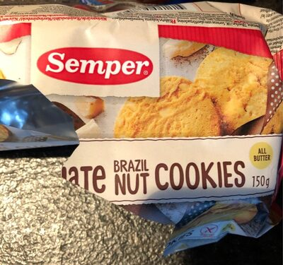 White chocolate brazil nut cookies