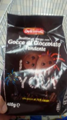 Frollini al cacao con gocce di cioccolato fondente