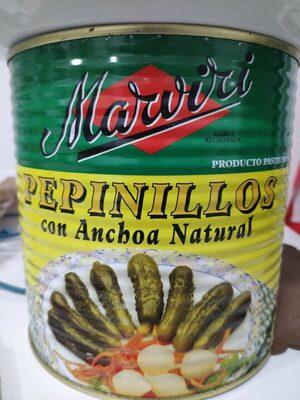 Pepinillos con anchoa natural