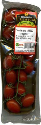 Tomates cherry pera en rama