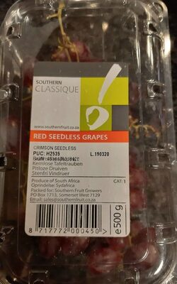 Ted seedless grapes
